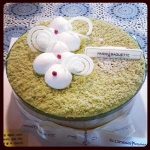 Paris Baguette Cake
