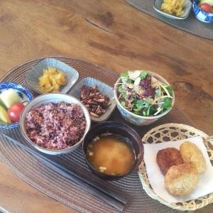 Meal Set at Mesiya