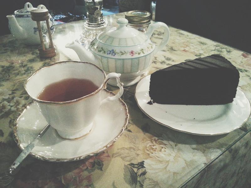Earl Grey Tea and Chocolate Fudge Cake at Chloris Tea