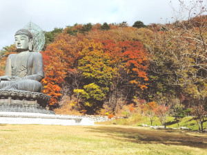 Tongil Daebul (Big Buddha Statue)