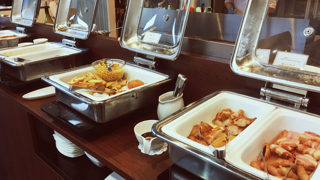 Breakfast Buffet in La Jolie Motomachi