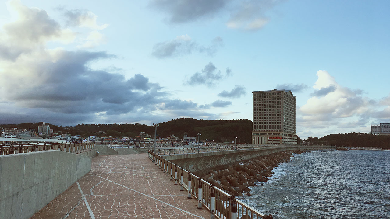 Sea Walk around Ramada Sokcho & Lotte Sokcho
